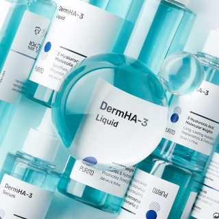 More new perfection from Purito - super hydrating toner and serum 💙   The DermHA-3 liquid and serum hydrates the skin effectively with three different hyaluronic acids and anti-inflammatory panthenol. The lightweight toner and serum are amazing for both dry and oily skin! In addition, hyaluronic acid has a great ability to smooth the appearance of fine lines, so aging skin benefits from these products too 💙  #new #purito #kokoskinfi #korealainenkosmetiikka #korealainenihonhoito #koreanskhudvård #kbeauty #koreancosmetics #koreanskincare #serum #toner #hyaluronicacid #seerumi #kasvovesi #hyaluronihappo