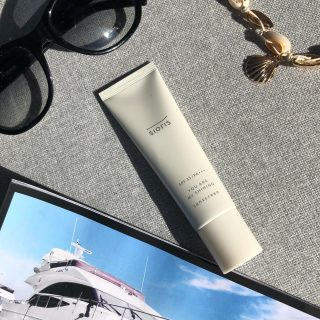 ☀️ SPF IS BFF ☀️  Remember latest now to start using SPF ✨  #kokoskinfi #korealainenkosmetiikka #kkosmetiikka #koreanskhudvård #koreanskhudpleje #koreanischekosmetik #koreancosmeticswholesale #aurinkosuojavoide #spfisbff
